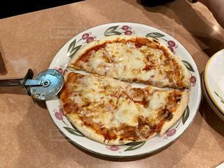 食べ物,食事,ランチ,茶色,日常,フード,レストラン,外食,テーブルフォト,ピッツァ,マルゲリータ,ピザ