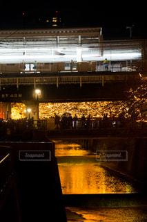 夜の街の景色の写真・画像素材[861206]