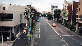 街の通りのビューの写真・画像素材[1084809]