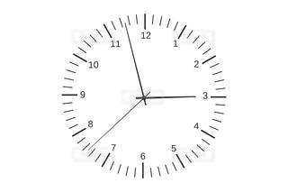 白と黒の時計の写真・画像素材[1387932]
