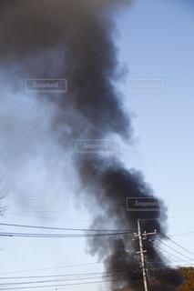 それから出てくる煙とトラックの鉄道の写真・画像素材[1759264]