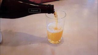 飲み会、晩酌イメージ。手酌の写真素材の写真・画像素材[3813621]