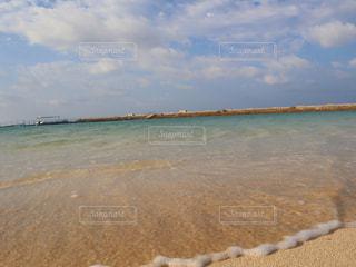 透明の海の写真・画像素材[3196104]