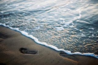 海の横にある水します。の写真・画像素材[1824745]
