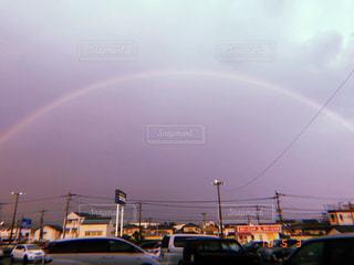 虹の街は大量のトラフィックでいっぱいの写真・画像素材[1226667]