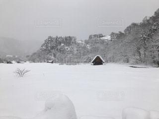 雪に覆われたフィールドの写真・画像素材[1027000]