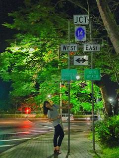 海外,女子,旅行,グアム,女子旅,夜遊び,海外標識
