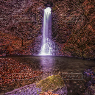 滝の写真・画像素材[872087]