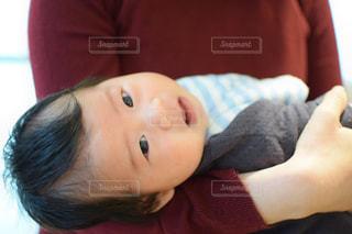 子ども,1人,かわいい,子供,笑顔,赤ちゃん,可愛い,愛,幸せ,抱っこ,カメラ目線,幸福,愛らしい,産まれた,お子さん