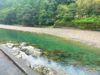 水が流れる川の写真・画像素材[757062]