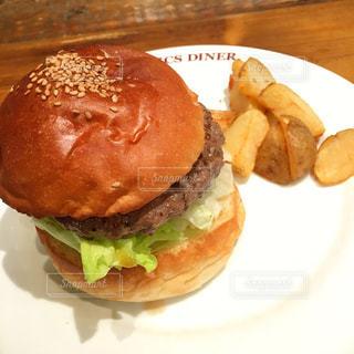 ハンバーガーの写真・画像素材[927056]