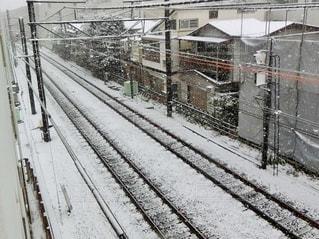 雪に覆われた鉄道の写真・画像素材[971399]