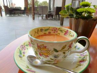 クローズ アップ食べ物の皿とコーヒー カップの写真・画像素材[981382]
