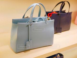 荷物のバッグの写真・画像素材[1011465]
