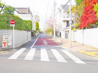 道にある停止記号の写真・画像素材[1122230]