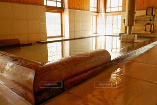 木の床の部屋の写真・画像素材[1167660]