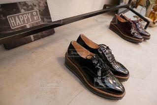黒の靴のペアの写真・画像素材[1193848]