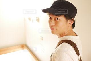 帽子をかぶっている人の写真・画像素材[1239416]
