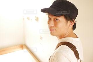 帽子をかぶっている人の写真・画像素材[1239417]