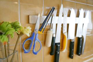 キッチンにある調理道具の写真・画像素材[1347520]