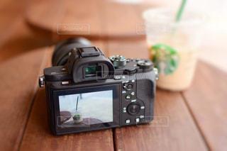 コーヒーを撮ったカメラのモニターの写真・画像素材[1425278]