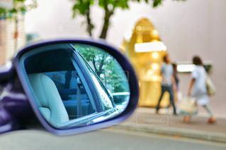 車のサイドミラー ビューの写真・画像素材[1431443]