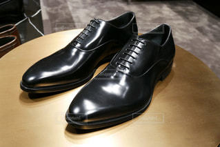 黒の靴のペアの写真・画像素材[1454256]