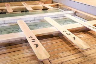 木製のテーブルの写真・画像素材[2266838]