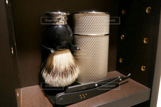 理容室にあるひげ剃りセットの写真・画像素材[2270440]