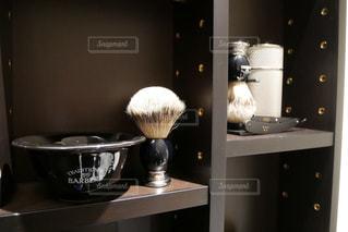 理容室にあるひげ剃りセットの写真・画像素材[2270444]
