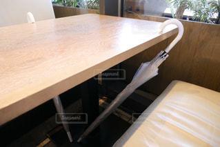 木製のテーブルの写真・画像素材[2285175]