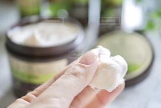 テーブルの上の食べ物のクローズアップの写真・画像素材[2308144]