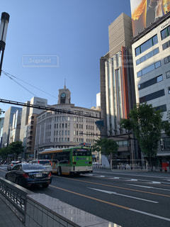 にぎやかな街道のクローズアップの写真・画像素材[3210485]
