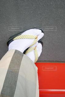 衣装を着ている女性の足元の写真・画像素材[3440173]