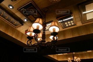 天井がある部屋の写真・画像素材[3677934]