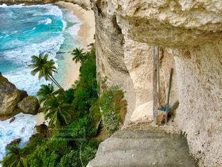 撮影地→バリ、ヌサペニダ島のPantai Atuh(アトゥ・ビーチ)の写真・画像素材[1247881]