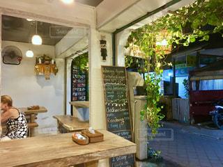 撮影地→バリ、クタビーチ近辺のカフェ。の写真・画像素材[1247981]