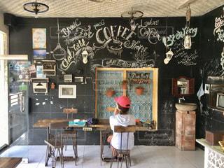 インドネシア、ヌサペニダ島のカフェの写真・画像素材[2952798]