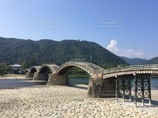 水域に架かる錦帯橋の写真・画像素材[3635678]
