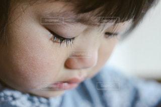 悲しい顔の写真・画像素材[910416]