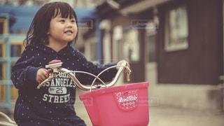 自転車に乗る子供 - No.924229