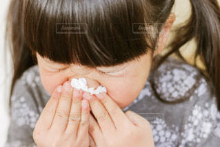 鼻水の写真・画像素材[1022737]