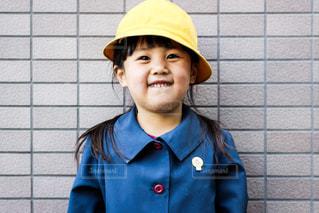 制服を着て笑う女の子 - No.1027988