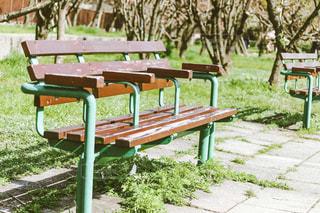公園のベンチの写真・画像素材[1078031]