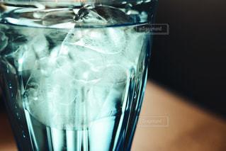 氷水の写真・画像素材[1083162]