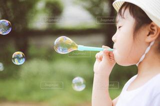 しゃぼん玉の写真・画像素材[1289589]
