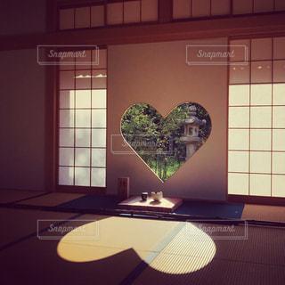 正寿院の猪目窓の写真・画像素材[1620330]