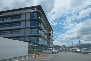 甲賀市役所の外観の写真・画像素材[996371]