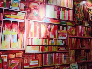本棚は本でいっぱいの写真・画像素材[925739]