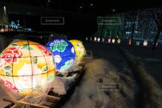 夜、トラックの鉄道の写真・画像素材[1022308]